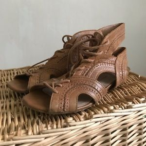 Dolce Vita brown leather lace up wedge sandals